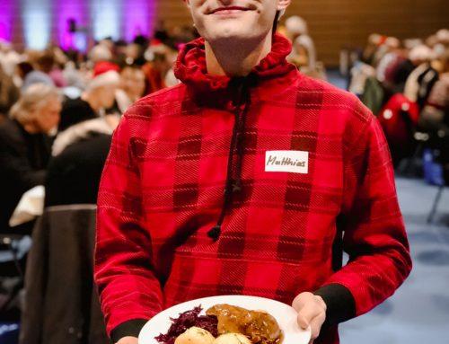 Mister Matthew zum 3. Dresdner Weihnachtsessen für Obdachlose und Bedürftige